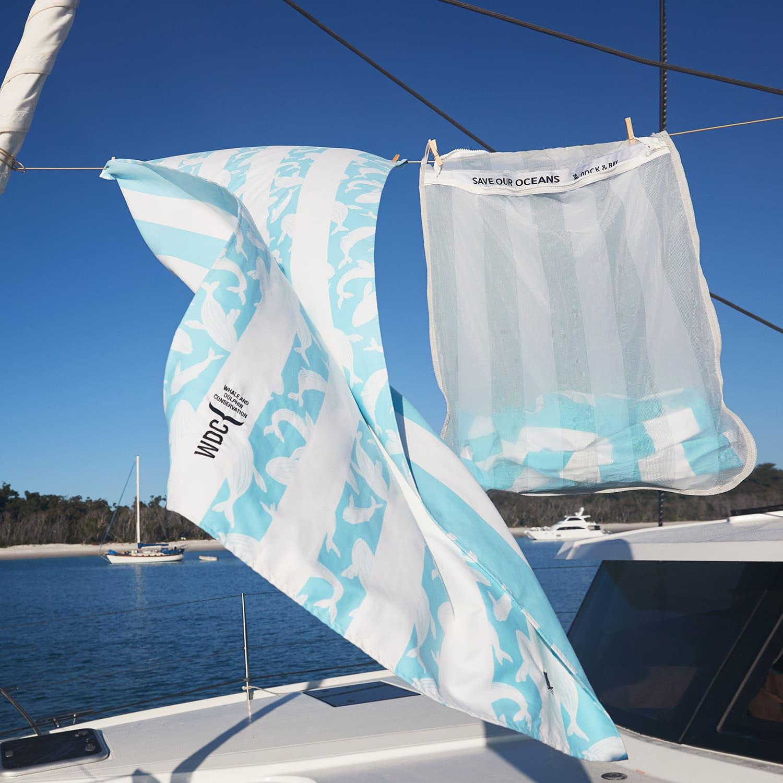 Dock & Bay washbag and towel